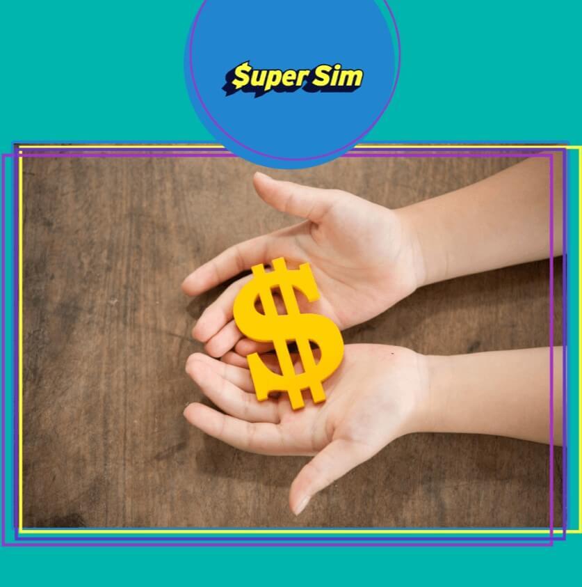 Dinheiro nas mãos com a SuperSim